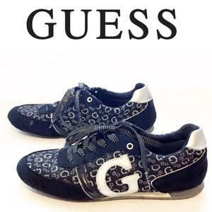 Guess logo monogram tennis shoes sneakers size 8